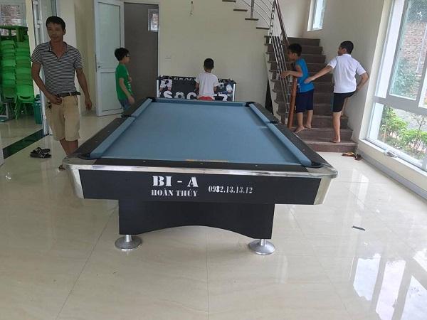 Billiards Hoàn Thúy lắp một bàn bi a 9018 và một bàn bi lắc Việt Nam tại Quốc Oai
