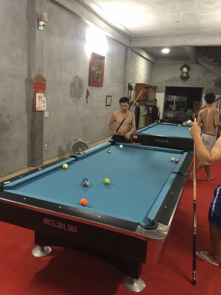 Billiards Hoàn Thúy lắp đặt 2 bàn bi a 9018 Việt Nam tại Phú Thọ
