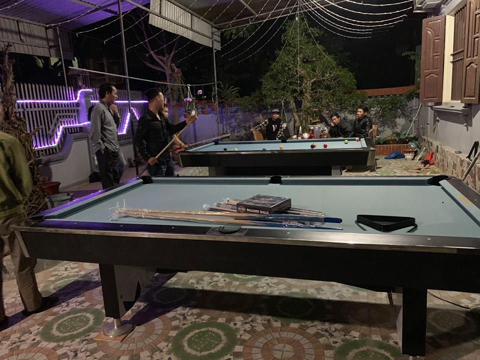 Billiards Hoàn Thúy lắp đặt 2 bàn bi a 9018 Việt Nam tại Kim Thành – Hải Dương
