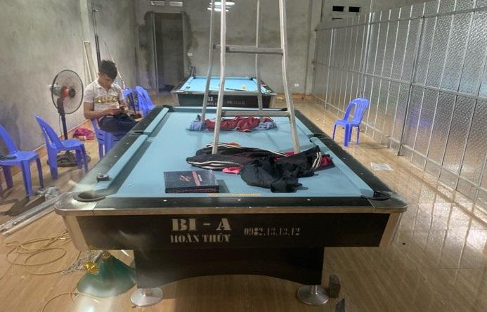 Billiards Hoàn Thúy lắp đặt 2 bàn 9018 Việt Nam tại Huyện Ba Vì, Thành phố Hà Nội