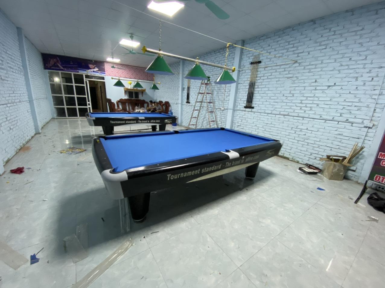 Billiards Hoàn Thúy lắp đặt 5 bàn 9017 aileex nhập lướt tại Thị Trấn Chờ, Bắc Ninh