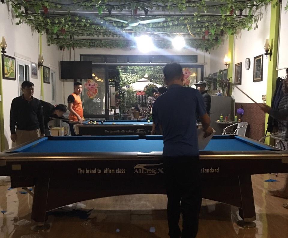 Billiards Hoàn Thúy lắp đặt bàn bi a aileex 9020 và bàn 9018 Việt Nam tại Sầm Sơn, Thanh Hoá