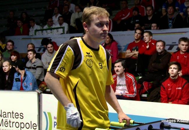 Frederic Collignon đã giành 10 chức vô địch bi lắc cá nhân thế giới từ năm 1999 đến 2012