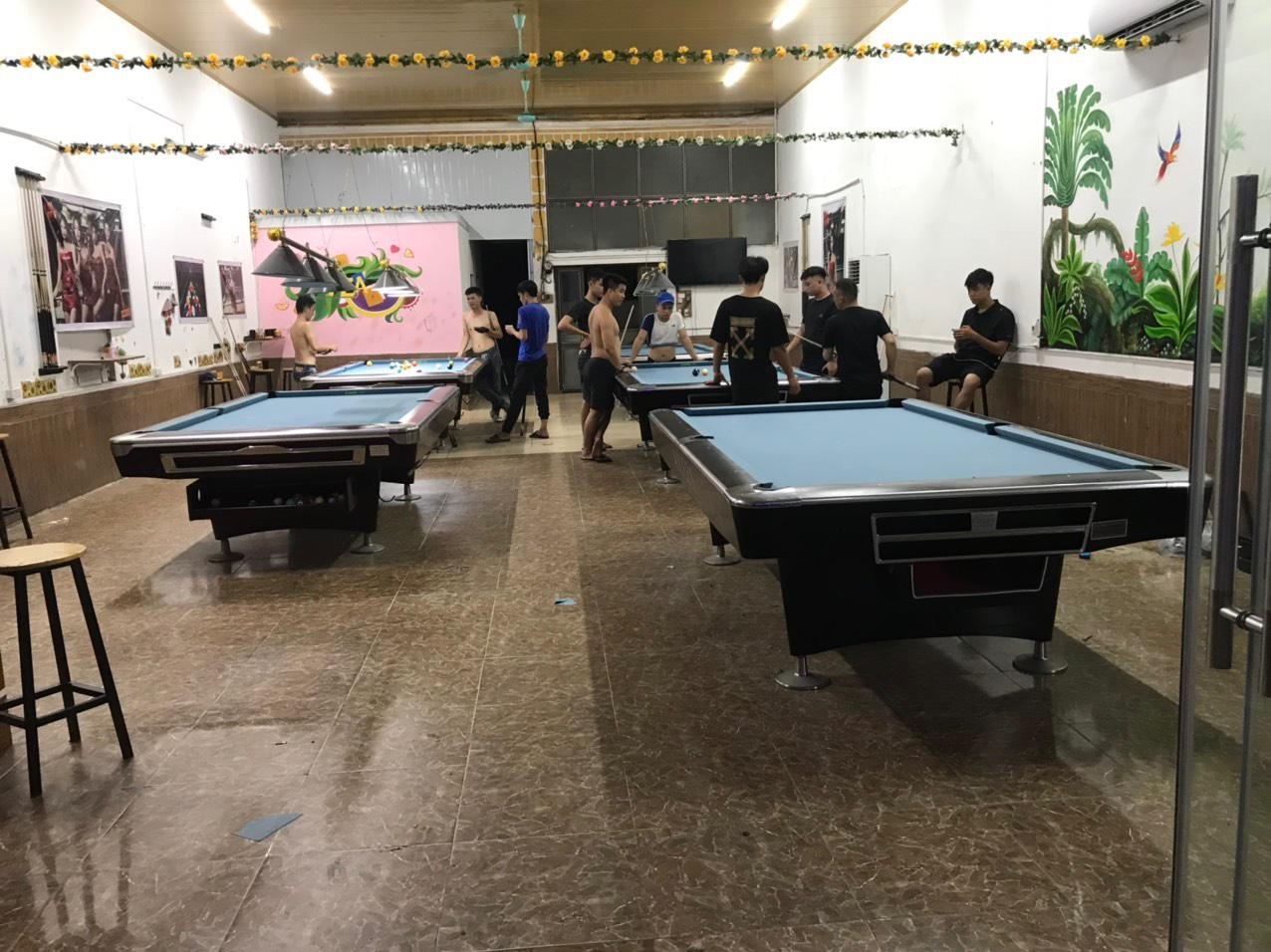 Billiards Hoàn Thúy lắp đặt 5 bàn seri 4 nhập lướt tại Văn Giang, Hưng Yên